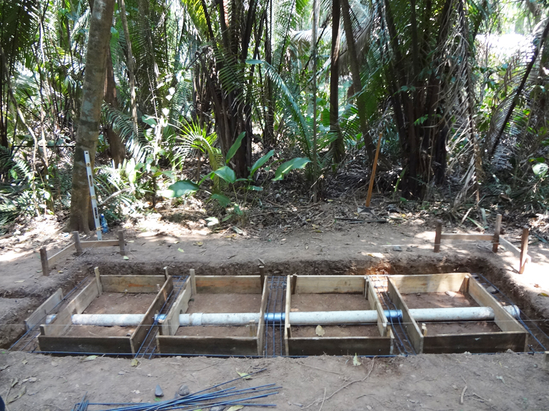 2013-04-10 composting toilets 3