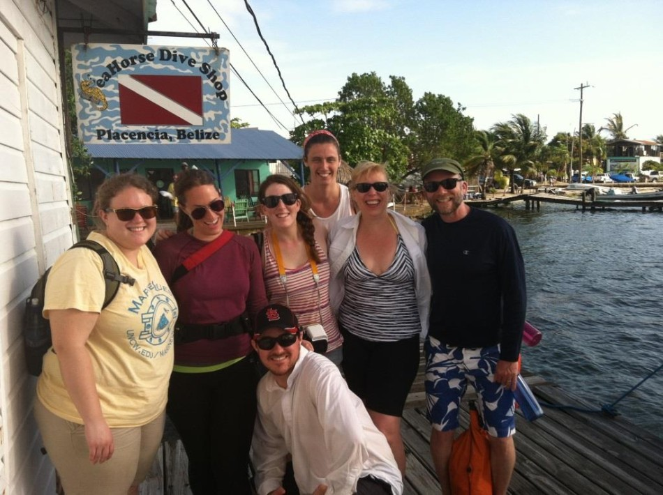 UNCW students waiting for their snorkle trip to Laughing Bird Caye